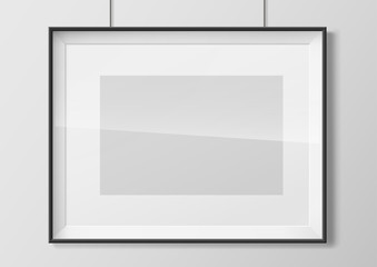 Horizontal photo frame with glass