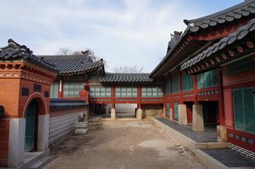 서울 - 2016년 12월 25일 : 경복궁 함화당을 정면에서 바라보다. (한국, 서울) [Seoul-December 25, 2016 : Watching the Gyeongbokgung Hamhwadang pavilion from the front. (South Korea, Seoul)]