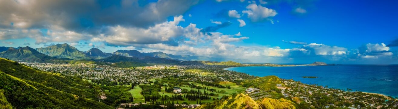 Panorama View of the Green Mountains and Hawaiian Coast From Lanikai Pillbox Trail