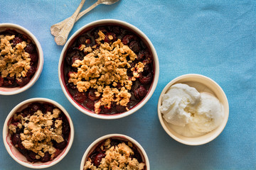 Dark sweet cherry crisp