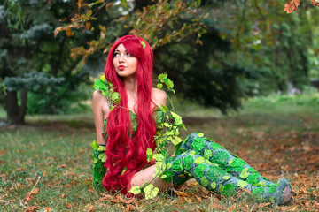 Ceper hero Female character, poison ivy, cosplay. Girl in the fall