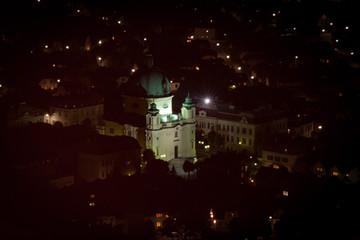 Margarethenkirche Berndorf bei Nacht von oben