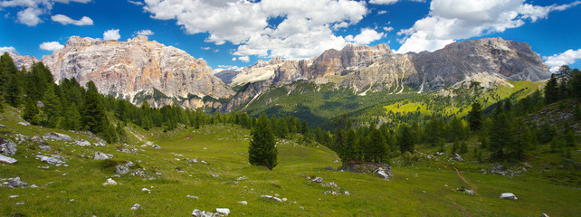 View of Piz dles Cunturine and Gipfelkreuz, Dolomites, Italy