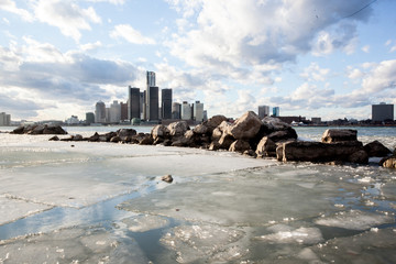 Ice and Snow on the Windsor-Detroit International Riverfront