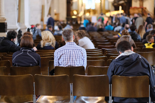 Parishioners gather for Mass at St Paul's Cathedral In London, UK