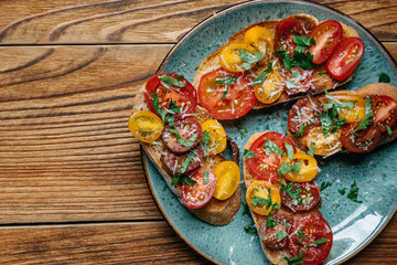 Crostini with tomato from above