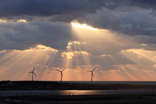 光芒と風車 3 Sakata, Yamagata, Japan