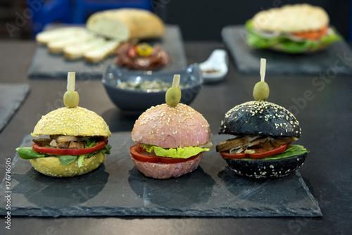 Bunte Hamburger Stockfotos Und Lizenzfreie Bilder Auf Fotolia Com