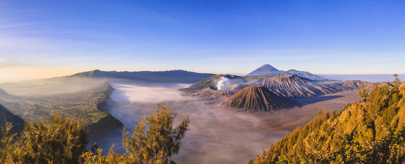 Mountain Bromo at East Java Indonesia. This active volcano is one of the popular destination in Indonesia Fototapete