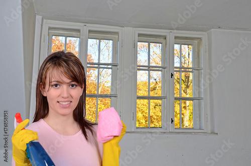 Fenster putzen trendy ich wei ja nicht wie es euch geht aber gehrt definitiv nicht zu einer - Fenster putzen bei auszug ...