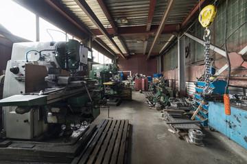 Vintage Drilling, milling, turning machines.