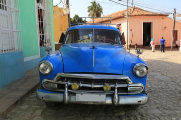 Foto op Aluminium Cubaanse oldtimers Wunderschöner Oldtimer auf Kuba (Karibik)