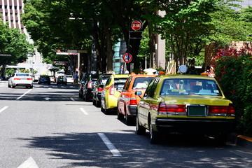 停車中のタクシー