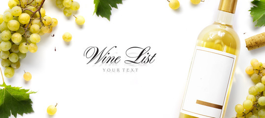 Tuinposter Wijn wine list background; sweet white grapes and wine bottle