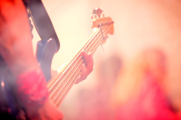 bajo, concierto, sensaciones,musica, ocio