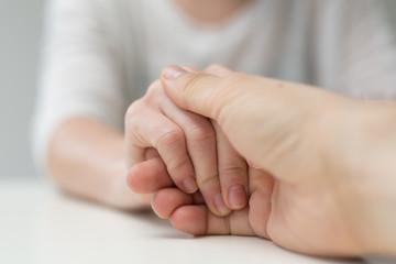 hand couple
