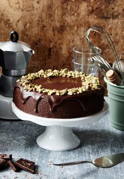 Chocolate cake with pistachio