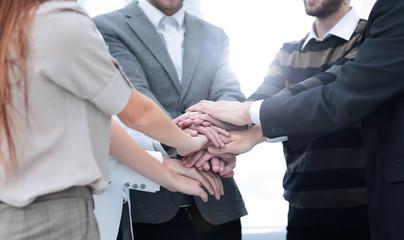 gmbh kaufen stammkapital gmbh kaufen mit schulden erfolgreich gmbh auto kaufen oder leasen GmbH