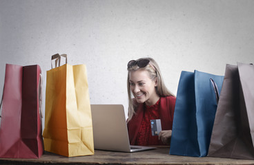 Girl doing shopping online