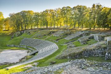 Fototapeten Ruinen Théâtre Antique romain, Autun, Bourgogne, France, Saône-et-Loire
