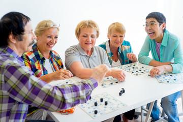 Seniors playing bingo Wall mural