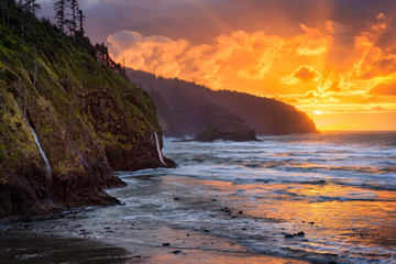 Printed roller blinds Sea The sun sets over the Pacific at Cape Lookout State Park, Oregon
