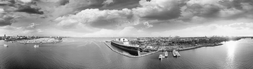 Panoramic black and white aerial view of Long Beach and Queen Mary, California