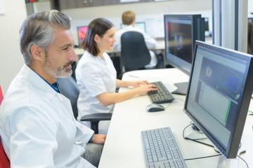 online health agents