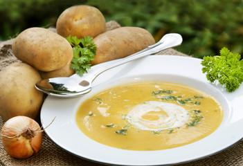 Potato soup, Kartoffelsuppe, Kartoffeln, Textraum, copy space