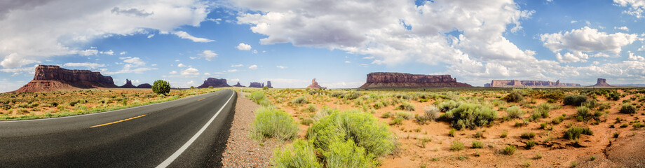 Panorama: Monument Valley scenic panorama on the road US Hwy 163 - Arizona, AZ, USA