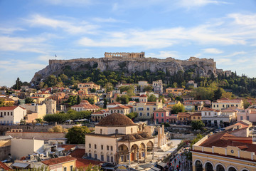 Photo sur Aluminium Athenes Athens, Greece. Acropolis rock and Monastiraki square