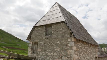 Lukomir villaggio di pastori in Bosnia Herzegovina