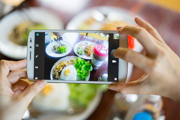 Photo food with smartphone