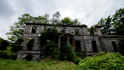 Tomich Mansion