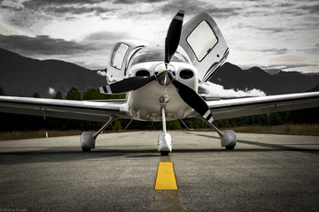 Airplane Low Wing Wall mural