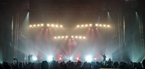 Concert in silhouettes