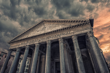 Facade of the famous monument in Rome : the Pantheon