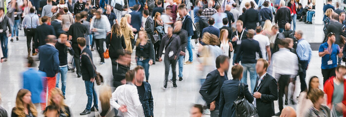 Fototapete - crowd of Blurred business people
