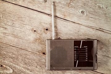 Old radio receiver device