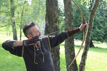 Archer arrow bow – Mann Bogen Wald