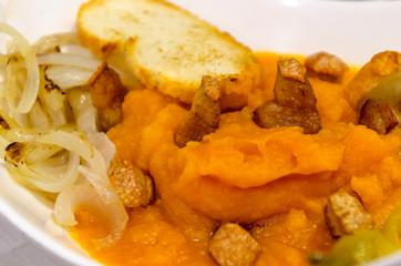 patatas revolconas or patatas machaconas detail