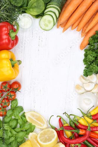 Gem se sammlung tomaten karotten kochen zutaten hochformat hintergrund von oben stockfotos und - Karotten kochen ...