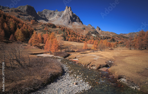 Foto em tela Vallee de la Claree during a clear day in autumn.