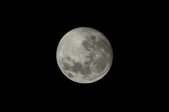 High Resolution Full Moon