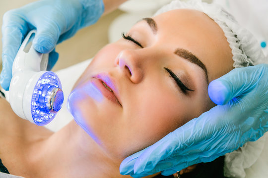 Ultrasound infrared light cosmetic treatment