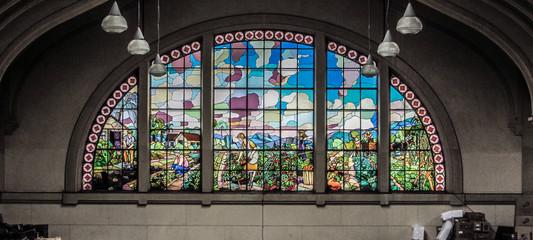 Obra de arte gótica dentro do Mercado Municipal de Sao Paulo (Mercadão)