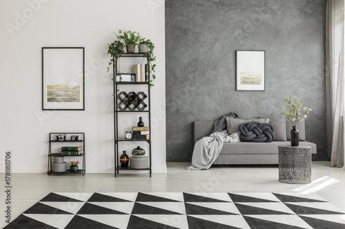 White And Gray Living Room Stockfotos Und Lizenzfreie Bilder Auf Fotolia