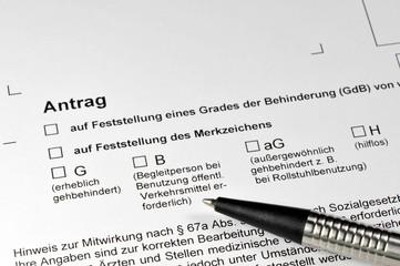 Antrag, Formular, Behinderungsgrad, Behinderung, Schwerbehindert, Gehbehinderung, Rollstuhl, Grad der Behinderung, Sozialrecht, Steuervorteil, SGB, Sozialgesetzbuch, Arbeitssrecht