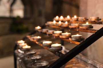 Tealight church candles