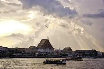 Chao Phraya river, sunset